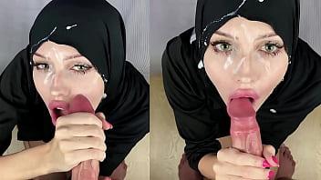 Милые лесбиянки трахаются с секс игрушками